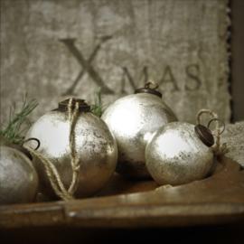 Kerstbal Tory Soda Silver 8cm