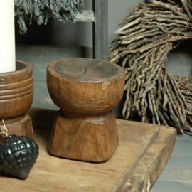 Oud houten Kandelaar gewaxed