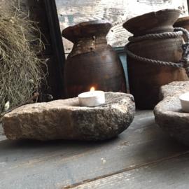 Stenen kandelaar voor waxinelichtje