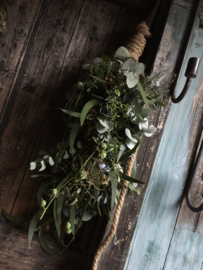 Kransen, stoere toeven en meer bloemen