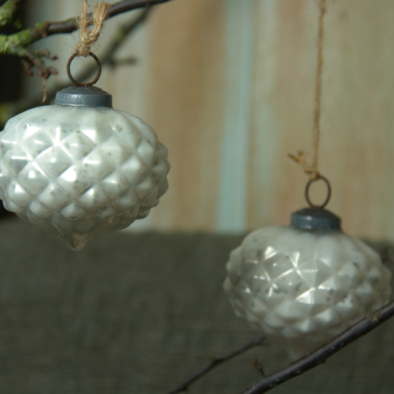 Mrs. Bloom Christmas decoration Joy White