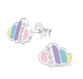 Wolk met kristallen oorbellen
