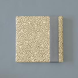 Cadeaupapier Black dots - sky blue | 70cm x 3m