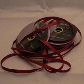 6mm Satijnlint donker rood 10 meter op een rol 3242-275