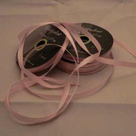 6mm Satijnlint Baby roze 10 meter op een rol 3242-117