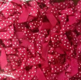 Strikjes dotjes roze wit