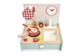 TENDER LEAF TOYS | Draagbaar houten keukentje