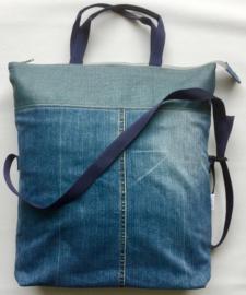 Grote tas met lang en kort hengsel, denim en kunst leer, 42x47(33)cm.