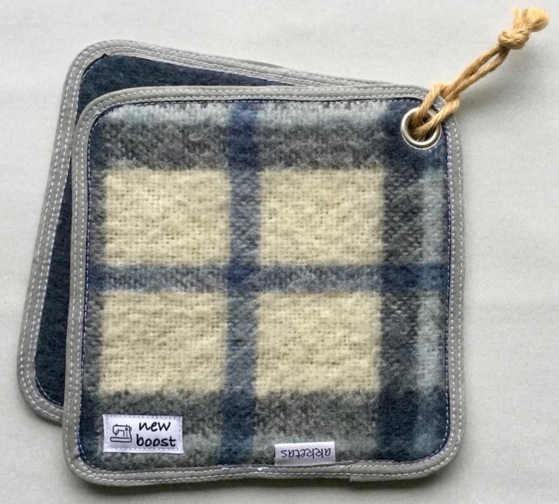 Pannenlap, deken, blauw ruit, 20x20cm
