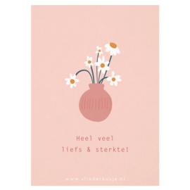 Luxe ansichtkaart 'Liefs & sterkte' ✿