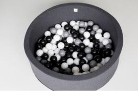 Ballenbak met 150 ballen