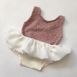 Romper ecru oud roze met los rokje newborn
