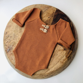 """Newborn Romper - Knitted Collection """"Baby"""" - Cognac"""