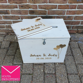 Balloon mail engraved Memory Box