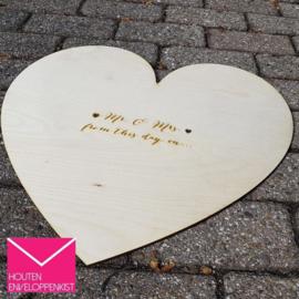 Houten Gastenboek hart - gepersonaliseerd