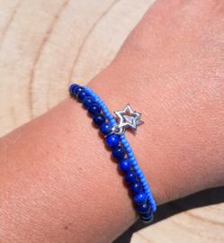 Armbandje met Lapis Lazuli en glaskraaltjes