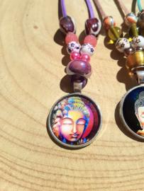 Ketting met Boeddha hanger - roze/paars
