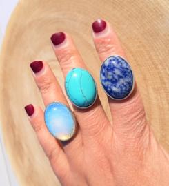Ringen natuursteen - Sodaliet, Howliet & Opaliet