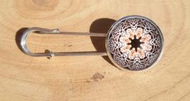 Grote spelden met mandala motief - zilverkleurig