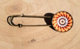 Laatste kans: Grote spelden met mandala motief - bronskleurig
