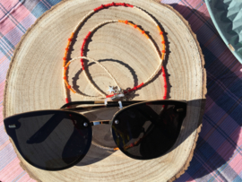 Enkelbandjes en brillenkoorden met geluk