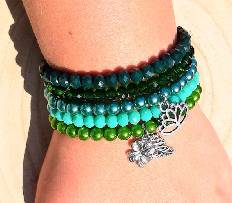 Setje vrolijke armbandjes - groen