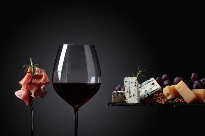 Wijnproeverij met bijpassende hapjes 4-6 pers