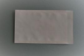 Cadeauzakje | grid roze met wit
