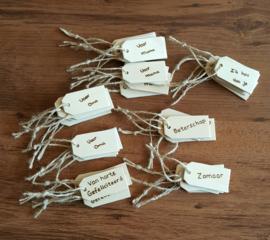 Houten cadeaulabels met eigen tekst
