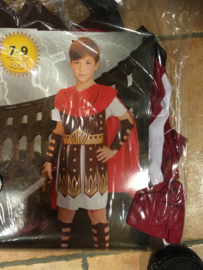 Ridder maat 7/9 jaar Tunic with amour and cape, arm guards, leg quards