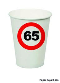 65 jaar: 8 paper cups