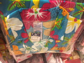 Hawaai blouse maat 52