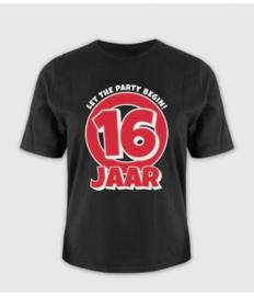 't shirt  16 jaar one sixe