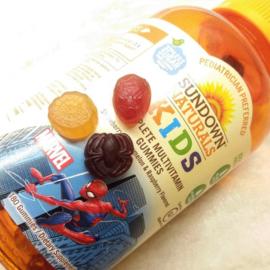 """Sundown kindermultivitamine,  vanaf 2 jaar, 180 multigummies """"Spiderman"""""""