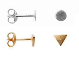 zilveren en gouden oorbellen