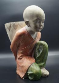 Knealing monk 35 cm