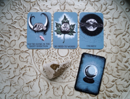 The Crystal ball pocket oracle