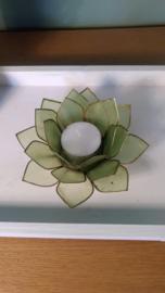 thea light holder lotus flower green