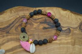Bracelet with lavastone and rudrakshabeads