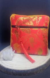 zakje groot (11 x 11 cm) met geluksmunt rood