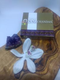 doosje wierookkegeltjes Golden Nag Chandan