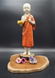 standing monk  41 cm
