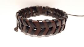 Bruin met zwart lederen armband