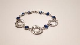 Tweezijdig te dragen armband van Tibetaans zilver met blauwe glassteentjes