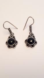 Zilveren oorbellen met zwarte onyx