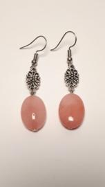 Oorhangers met roze jade