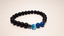 Armband van zwarte en blauwe agaat
