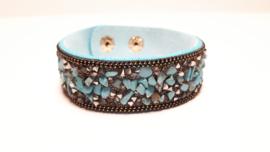 Blauwe armband met turkoois steentjes