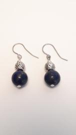 Zilveren oorbellen met apis lazuli