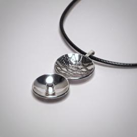Zilveren hanger met zwarte zirkonia - 2 zijdig